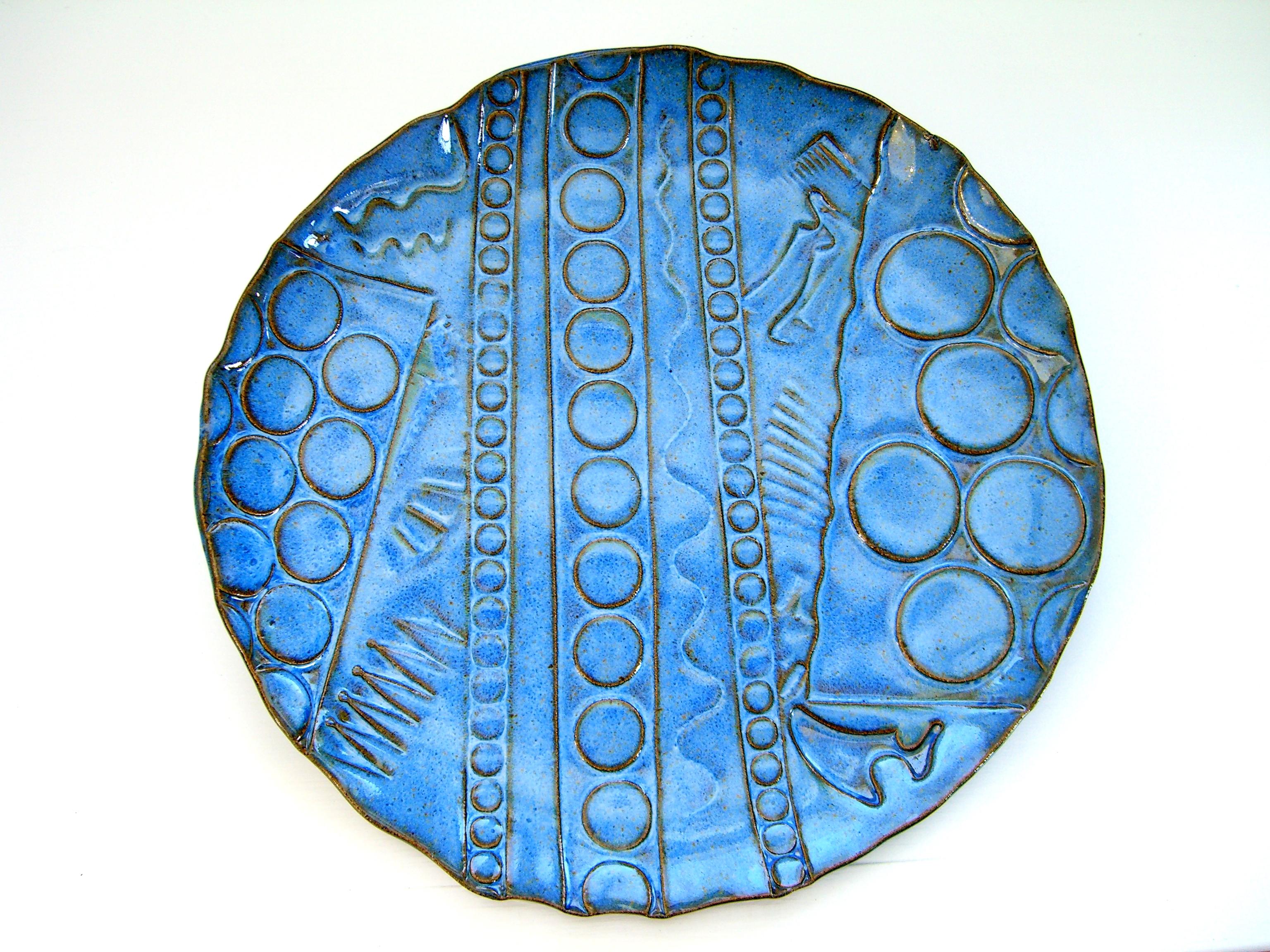 Cloudy blue dinner plate