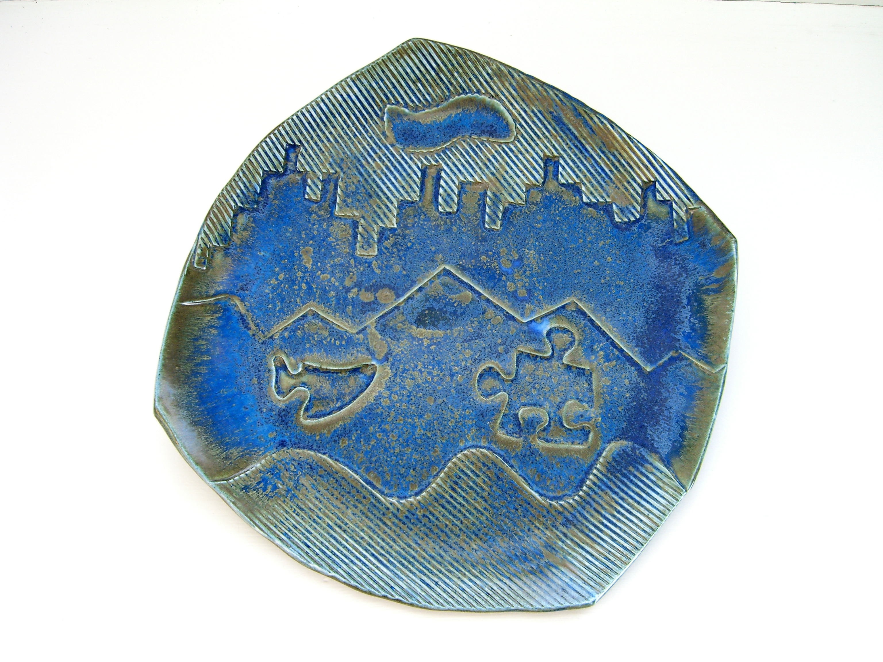 Bronze blue faceted dinner plate