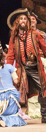 pirateking-ladieschorus-pirates9651.jpg