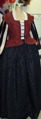 ElizabethanLady.jpg