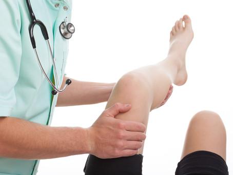 Qué cuidados debo tener después de una cirugía de rodilla