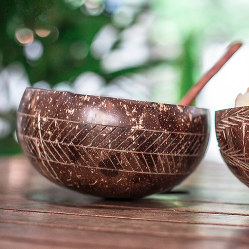 natural coconut bowl with handmade wooden spoon (geometric)
