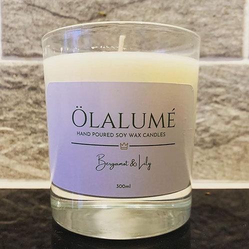 bergamot & lily soy wax candle 300ml