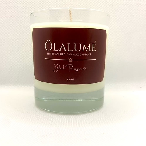 black pomegranate soy wax candle 300ml