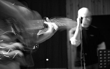 Music musician musicien musique Portrait corporate image entreprise communication; photographie photos photography evenementiel events