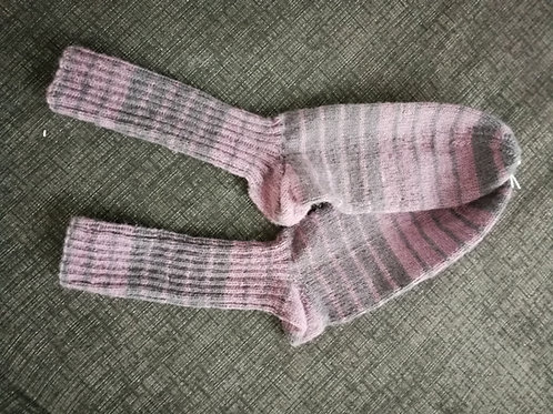 Socken lila-grau