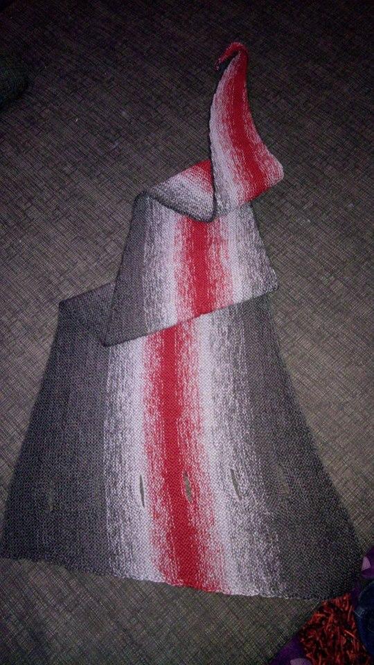 Pfeilraupe grau-rot-grau (1)