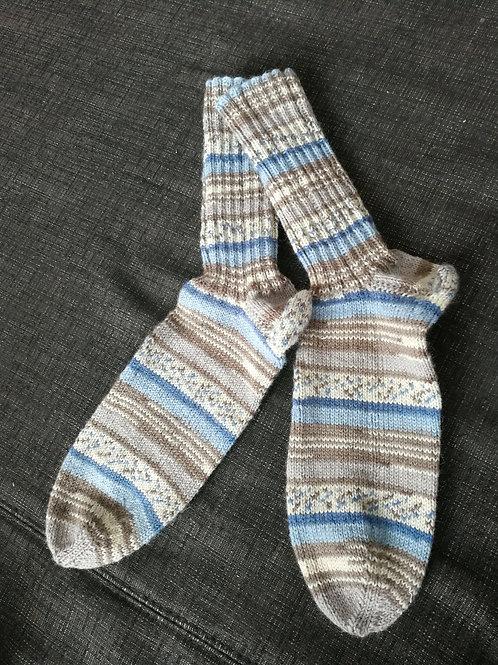 Socken blau beige braun