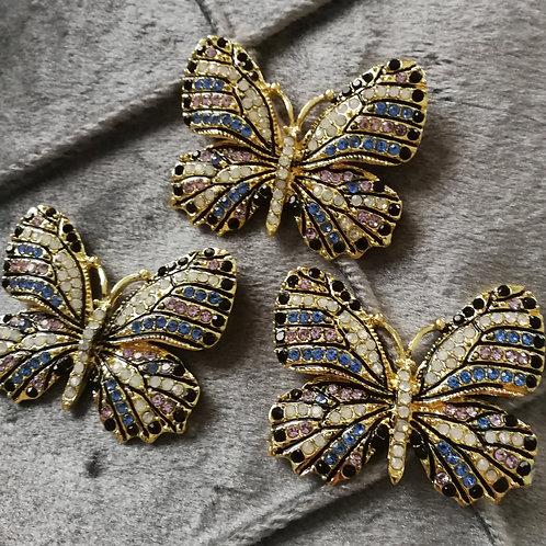 Tuchnadel Schmetterling