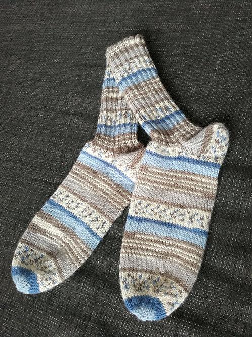 Socken braun blau beige