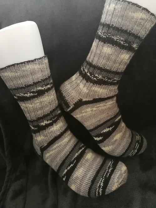 Socken grau -schwarz