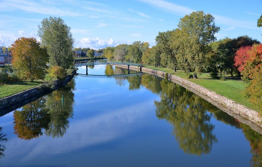 Lachine canal Michael Berry 2015 .jpg