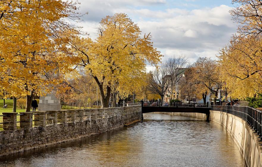 Lachine Canal by Artur Staszewski 2012.j