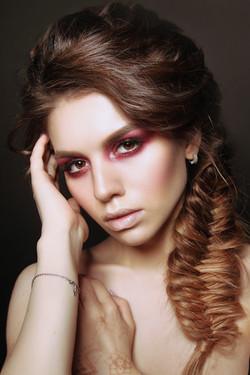 Модель: Люся