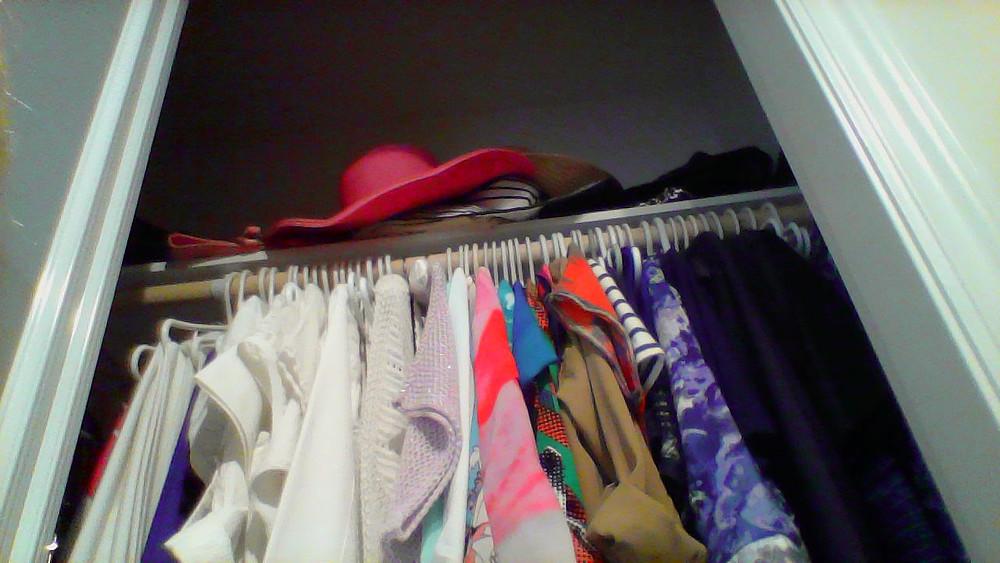 Bliss & Bling Blog:  Creating A Capsule Wardrobe
