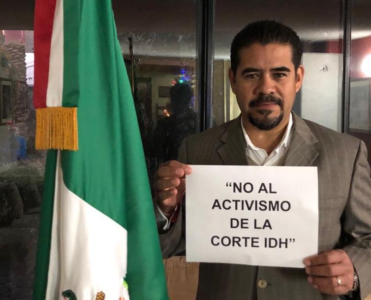 Leonardo García, presidente de la Unión Nacional de Padres de Familia en México