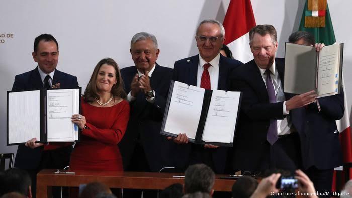 AMLO y la firma del T-MEC