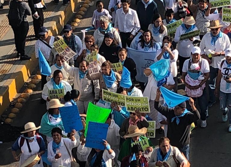 Marcha en Queretaro, M+exico, parte de la movilización del 21S para defender la Vida y la Familia