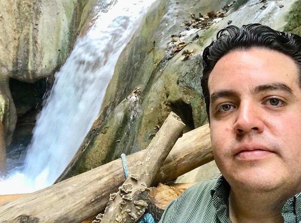 Carlos del Valle Guerrero, hijo de Alejandro del Valle de la Vega, responsables por el proyecto de modernización del Banco del Bienestar