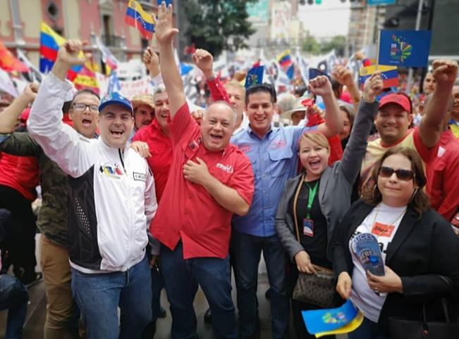 Diosdado Cabello, homem forte da narco-dictadura bolivariana em marcha de apio ao Foro de Sao Paulo