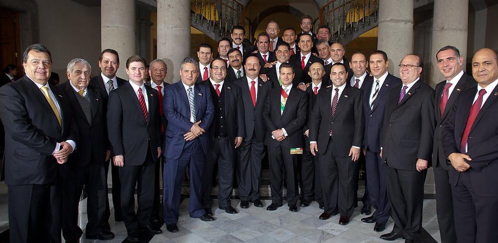 La icónica foto del 'nuevo PRI', en ella, además de Peña Nieto, los gobernadores Javier y César Duarte y Roberto Borgé.