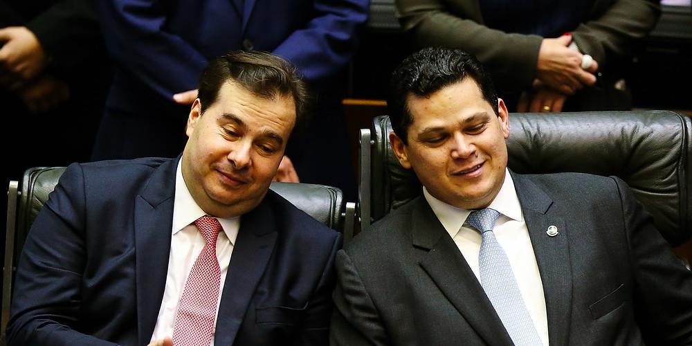 Maia, presidente da Cämara de Deputados, e Alcolumbre, presidente do Senado