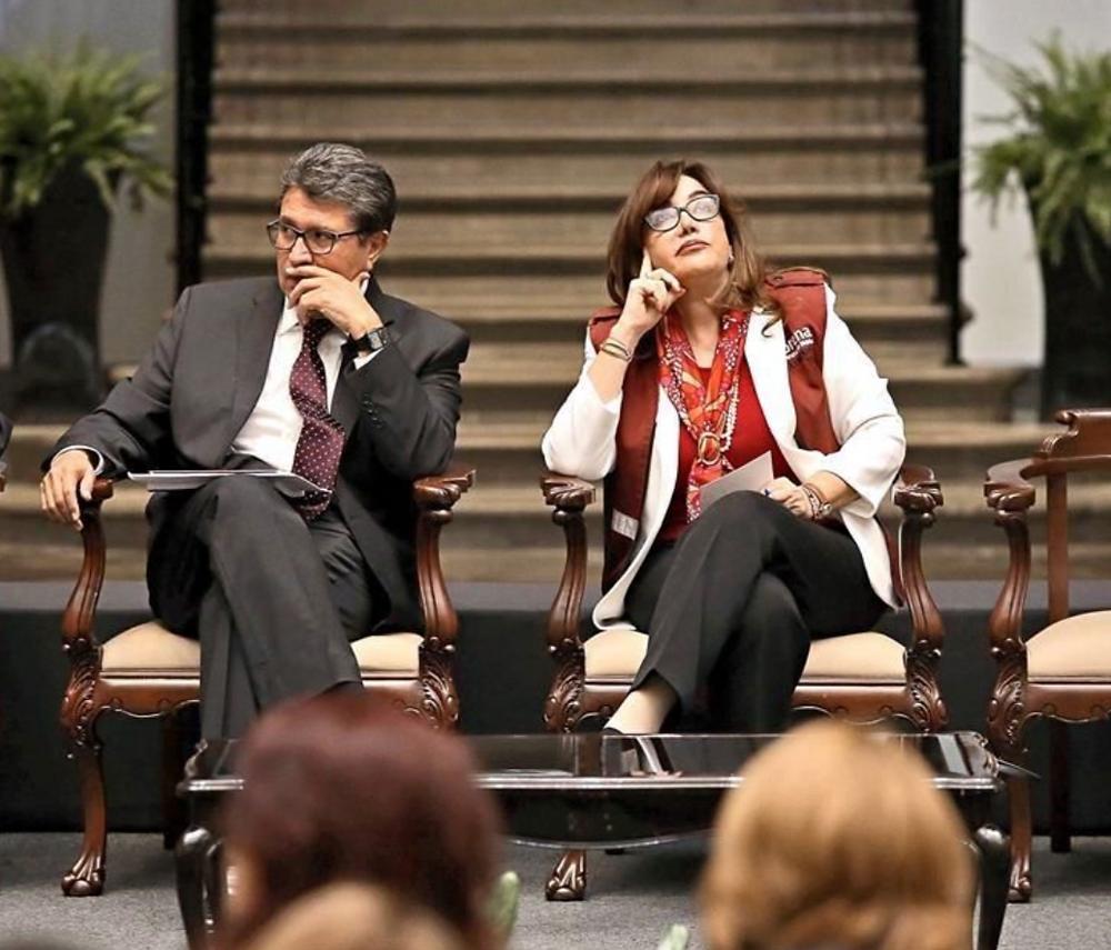 El senador Ricardo Monreal y la presidente de Morena, Yeidckol Polevnsky