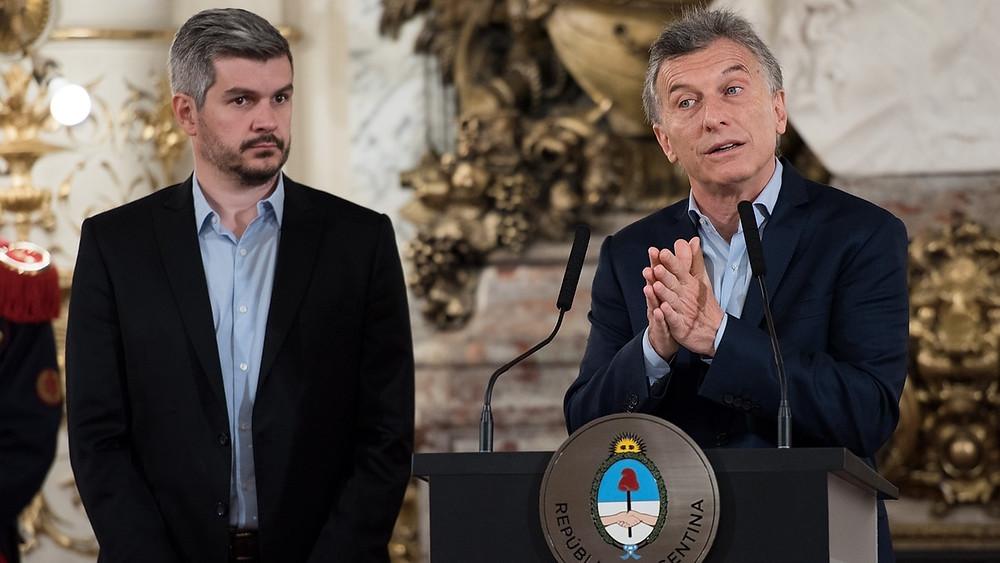 Mauricio Macri, a la derecha, y Marcos Peña, la eminencia gris de su gobierno, a la izquierda