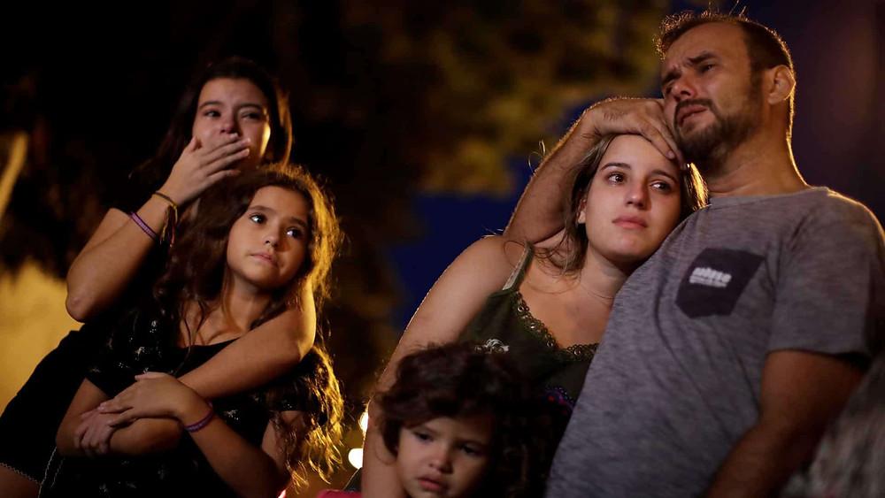 Familiares de alunos mortos em Suzano, São Paulo