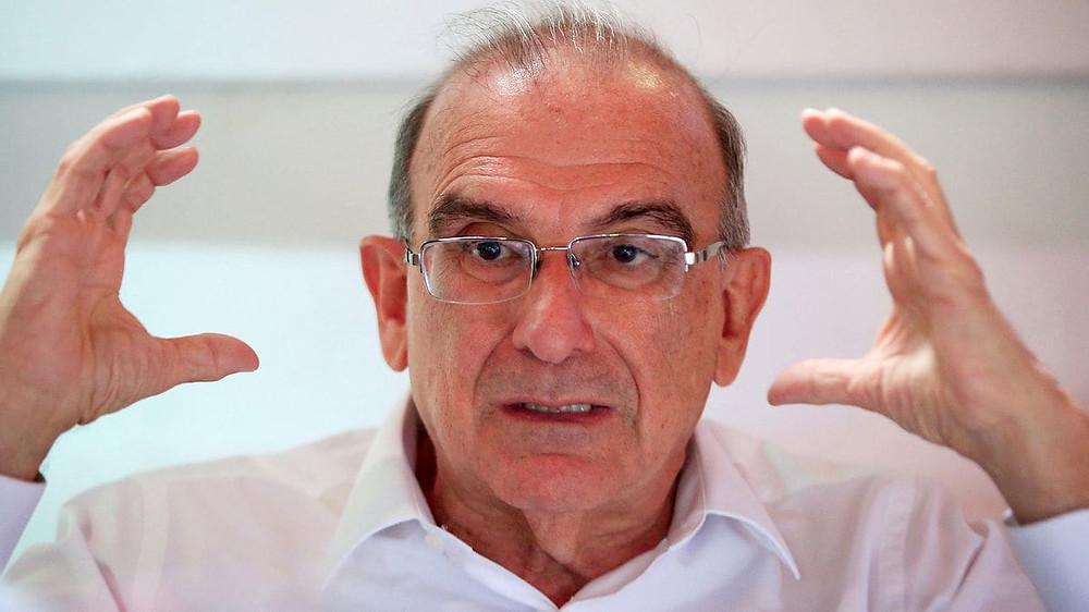 Humberto de la Calle, jefe de la delegación para el diálogo en Cuba y pre candidato presidencial