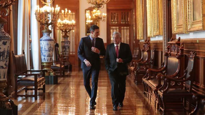 AMLO y Pedro Sánchez, presidentes de México y España, en enero de 2019