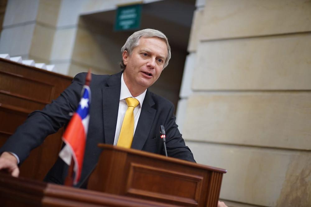 El chileno José Antonio Kast en la III Cumbre Transatlántica realizada em Bogotá