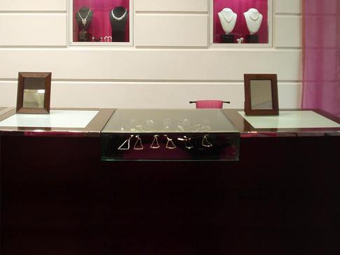 Naqsh_FurnitureDes_JewelryStore_1024x768
