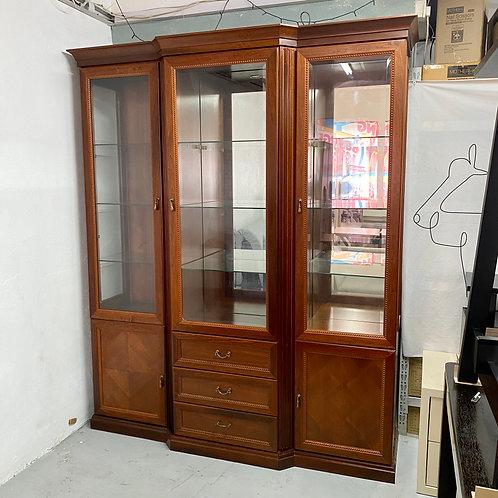 二手五呎半紅木飾品櫃 2-hand display cabinet, glass door