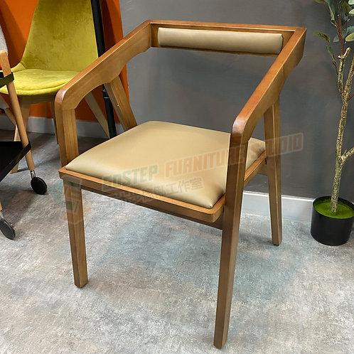 全新進口白椿木實木PU皮餐椅 Brand New solid wood PU leather chair