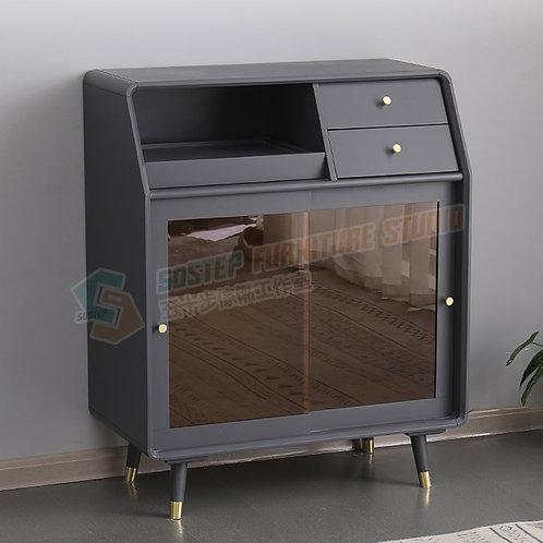 全新進口實木托盤設計茶色趟門餐邊櫃 Brand New solid wood sideboard, glass door