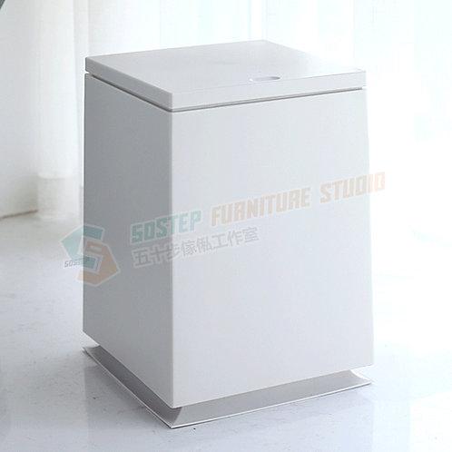 全新8公升頂壓方形垃圾桶 Brand New touch top bin, 8L