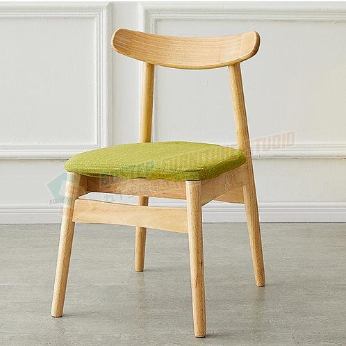 全新泰國實木小牛角餐椅(兩張) Brand New solid wood chair (2pcs)