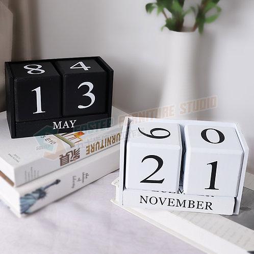 全新原木方塊日曆桌上擺設 Brand New decorative object