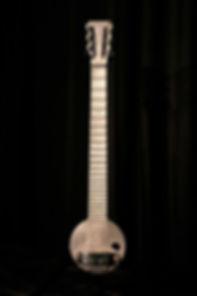 primeira guitarra fabricada, aulas de violao em alphaville, aulas de guitarra em alphaville, curso de violao em alphaville, professor de violao em alphaville, professor de guitarra em alphaville, aulas de guitarra iniciantes alphaville, stefan vinas,