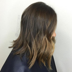 Looking to shake things up, she wanted to add some balayage, with brighter pieces in front. This was