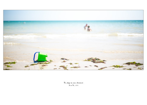 La plage du seau abandonné