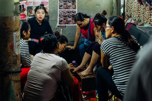 GV-Cambodge,_Marché_de_Psah_Leu,_Photogr