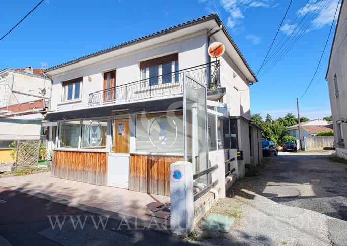 A vendre St Médar-en-Jalles emplacement privilégié immeuble