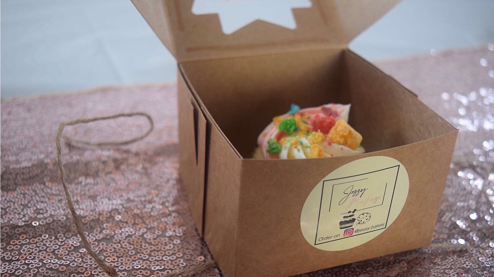 6 Cap'n Crunch Cupcakes