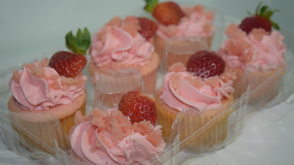 6 Strawberry Cupcakes