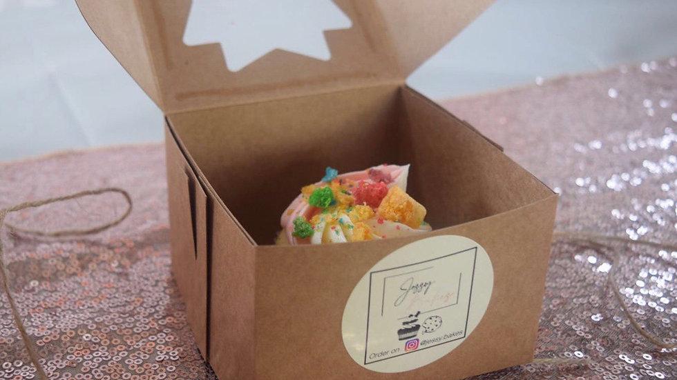 12 Cap'n Crunch Cupcakes
