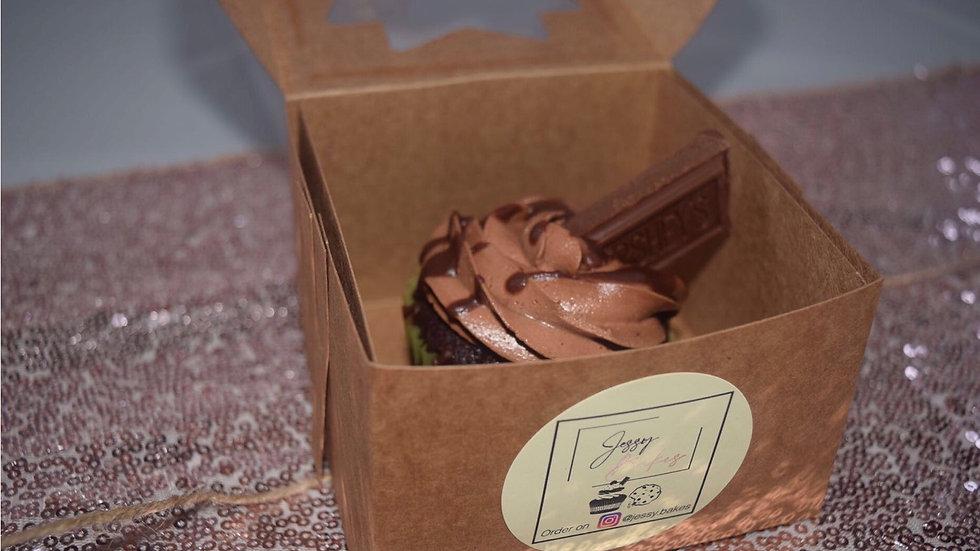 12 Chocolate Cupcakes