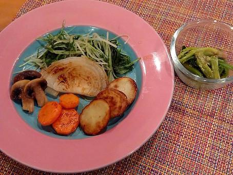焼き野菜とほうれん草のからし和え