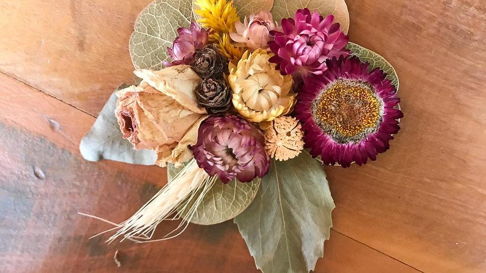 topo de bolo flores secas - tons roxos